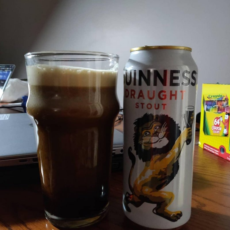 Throw back @guinness can for the win #stoutseason